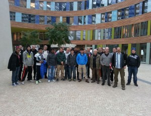 ganze Gruppe vorm Umweltbundesamt in Dessau