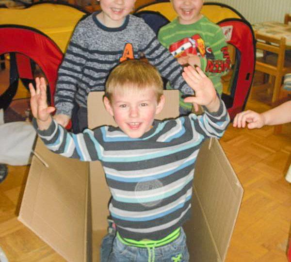Alexander in der Kiste