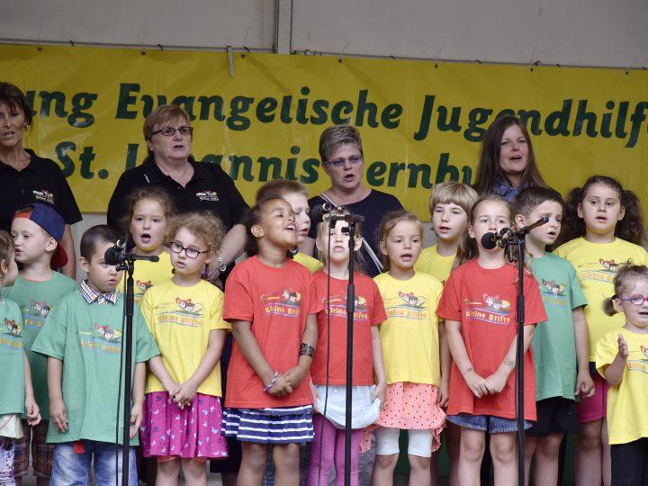 Chor der Kita Kleine Stifte auf dem Stiftungsfest