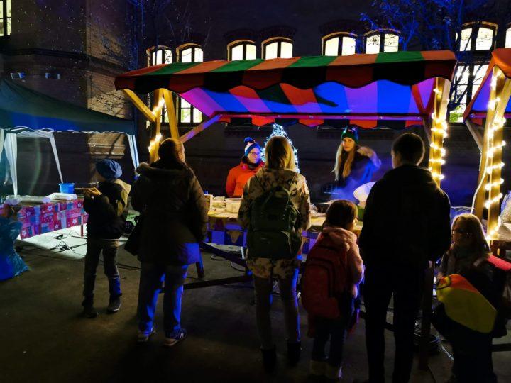 Naschmarkt-Hort-Bunte-Welt-