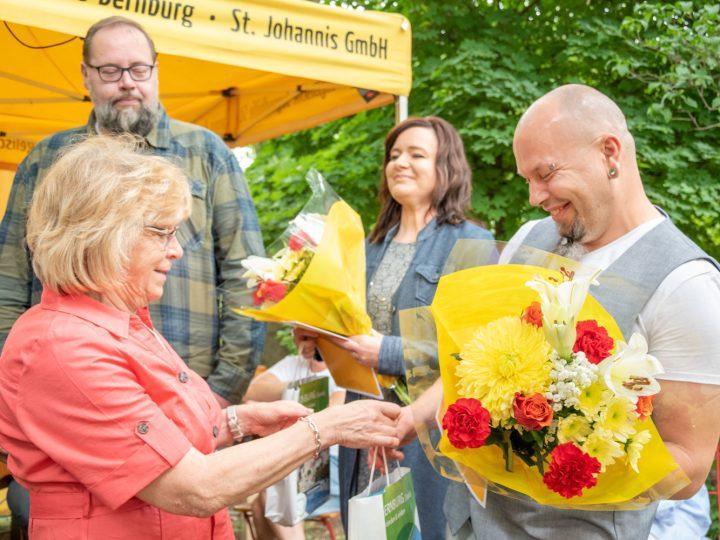Zeugnissübergabe_Karin Brandt, Toralf Schulz, Sandy Landgrabe, Alexander Knöfler